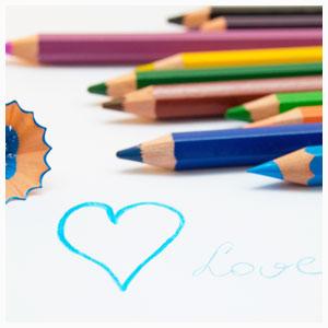 フェリシモ500色色鉛筆No.1。フェリシモ色鉛筆の評判が気になる(´・з・`)